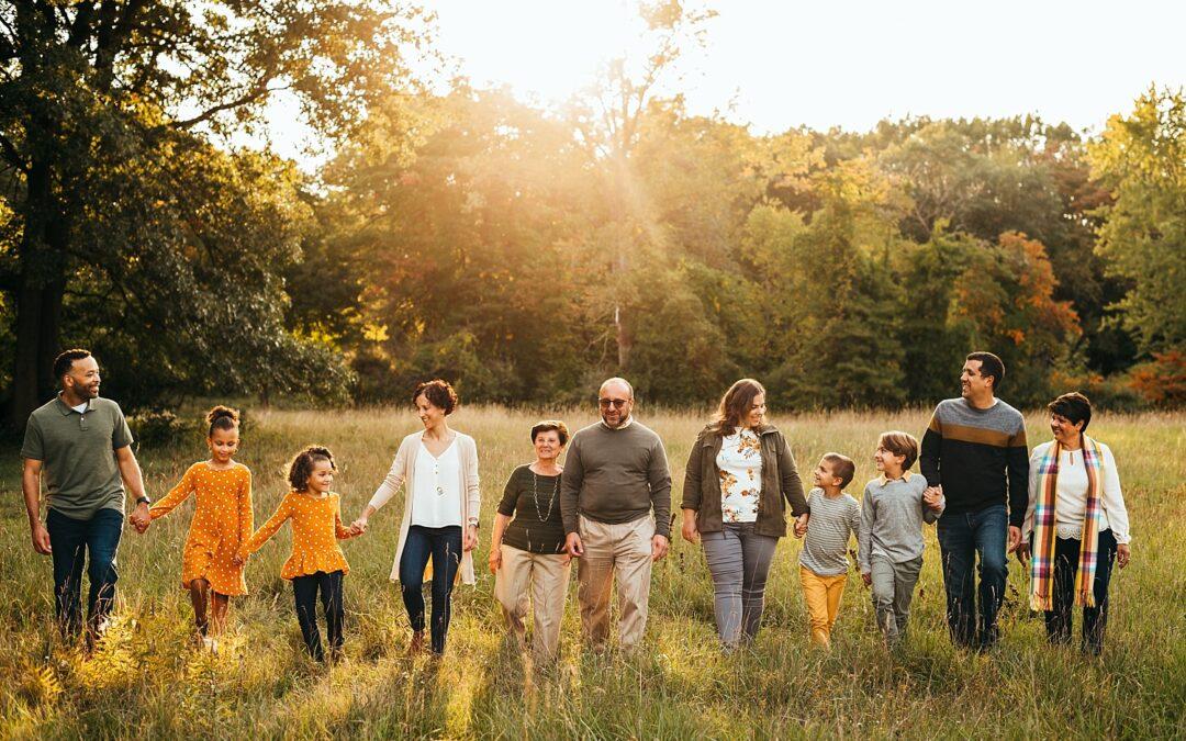Shelby Township Extended Family Photos | Stoney Creek